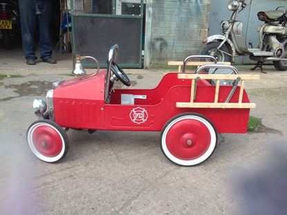 Picture of Vintage style Fire Engine Pedal Car